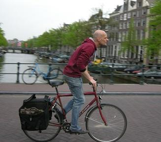 cycliste allant travailler, à Amsterdam