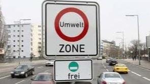 Signalétique d'entrée de zone à émission restreinte à Berlin