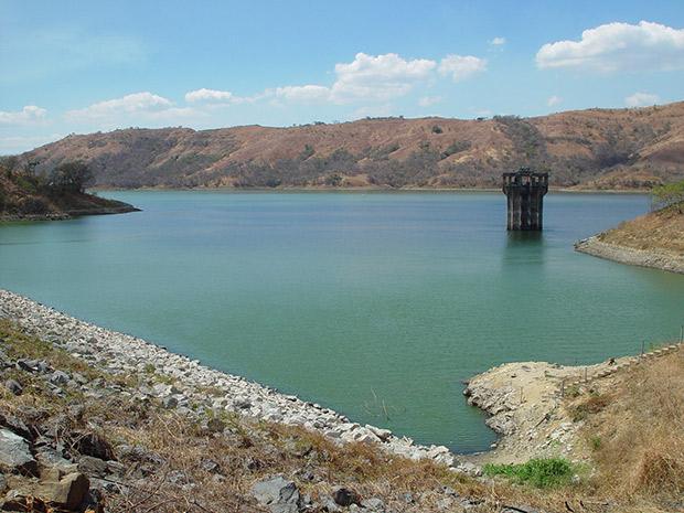 réservoir d'eau de catamagua au vénézuela