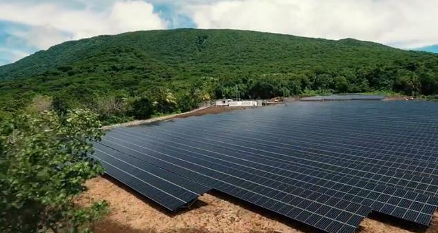 image pour Une île entièrement alimentée à l'énergie solaire