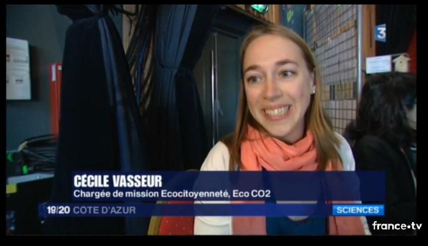 Cécile Vasseur, Eco CO2, chargée de mission citoyenneté, interviewée par France 3 sur Watty à l'école