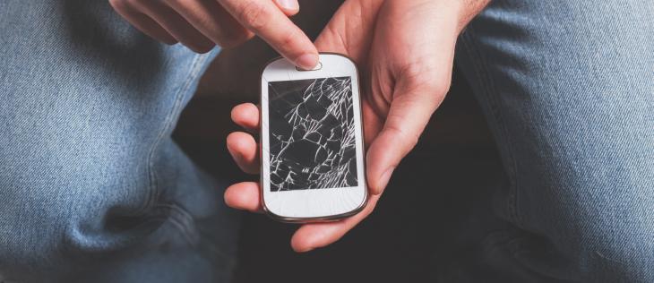 recyclage téléphone cassé