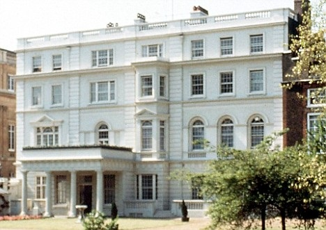 Prince Charles va installer des apnneaux photovoltaiques sur Clarence House
