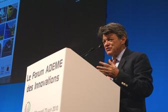 Jean-Louis Borloo au Forum des innovations de l'ADEME