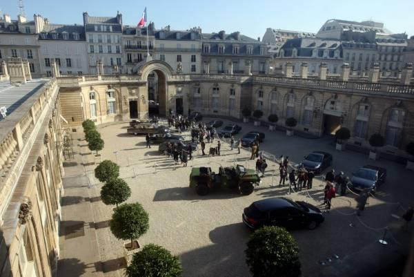 La cour du Palais de l'Elysee