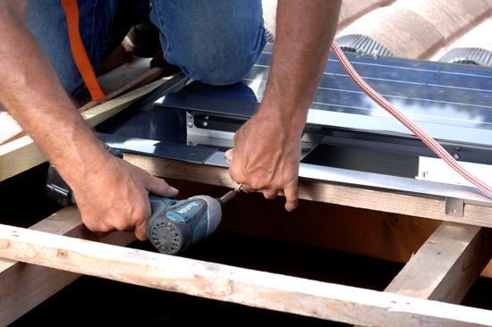 installation tuile photovoltaique Captelia Imerys