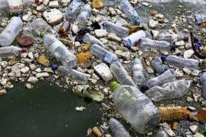 déchets plastiques sur les plages