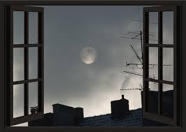 Fenêtre ouverte la nuit